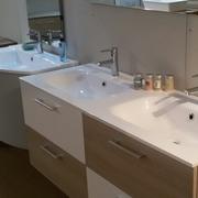 Miscelatori mobile bagno con doppio lavabo classico offerta for Specchio bagno doppio lavabo