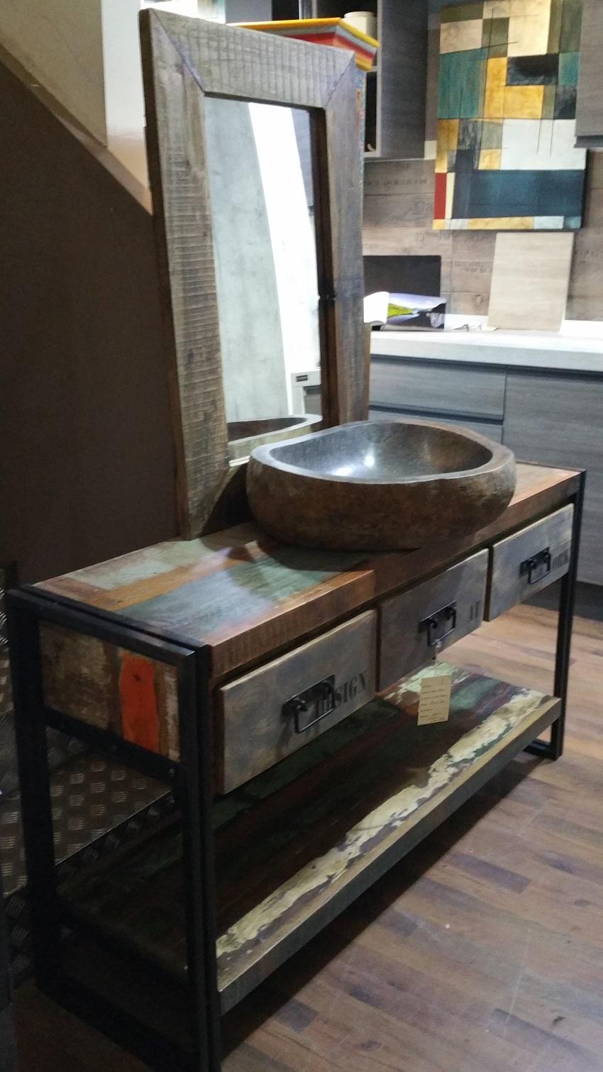 Mobile bagno etno industrial in offerta outlet convenienza - Mobile bagno ferro battuto ...