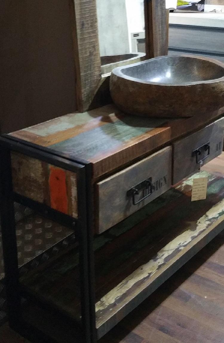 Bagno industrial idee creative di interni e mobili - Bagno industrial ...