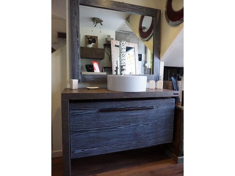 Mobile bagno etno moderno a sospensione in legno massello for Arredo bagno piacenza e provincia
