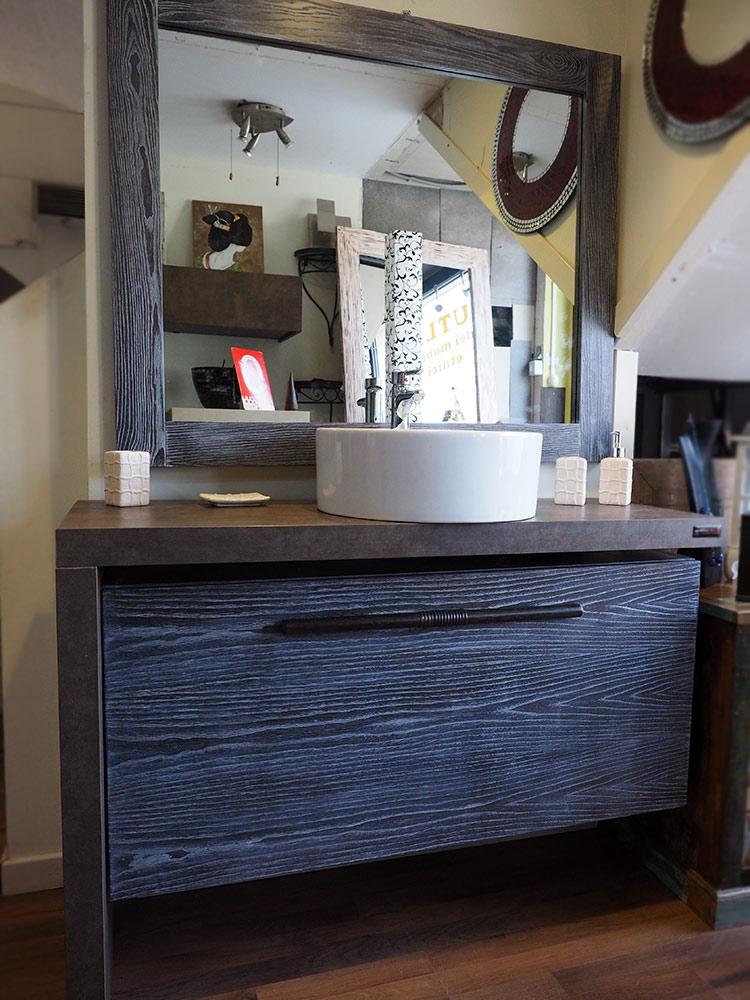 Mobile bagno etno moderno a sospensione in legno massello decape ...