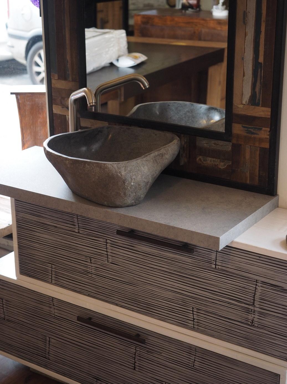 mobile bagno con lavabo in appoggio in legno e crash bambu cm 130 con top silver