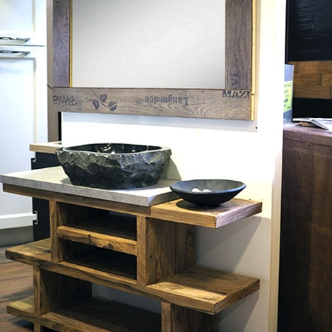 Mobile bagno in legno etnico iroko con lavabo in radice di for Prezzi lavabo bagno con mobile