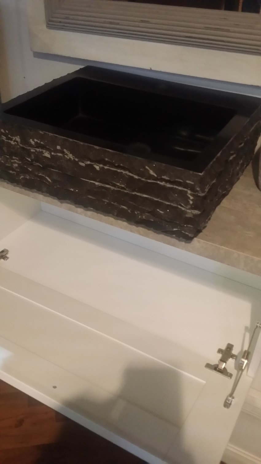 Lavandino bagno moderno for Outlet arredo bagno roma