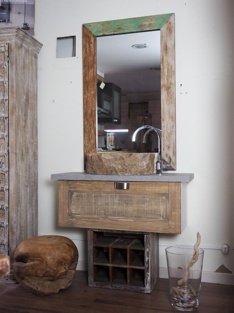 Mobili bagno in stile design casa creativa e mobili - Mobili bagno retro ...