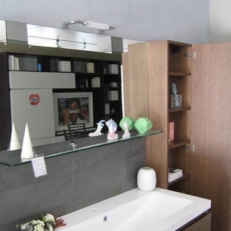 Mobile da bagno con lavabo in appoggio scontato del 60 for Arredo bagno con lavabo da appoggio