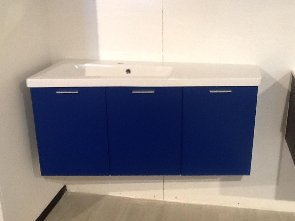 ideal bagni bagno laccato blu moderna