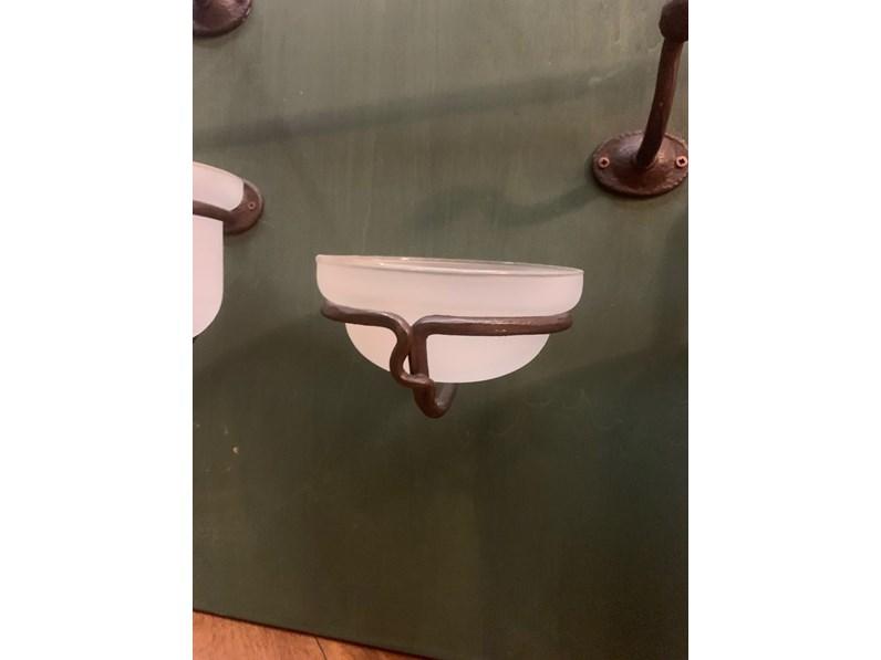 Accessori In Ferro Battuto Per Bagno.Mobile Per Il Bagno Artigianale Set Accessori Bagno In Ferro Battuto A Prezzi Outlet
