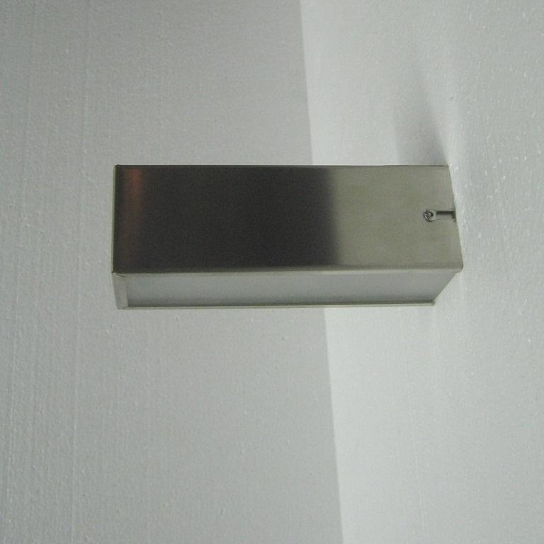 Modulnova coppia lampade da parete cubo modulnova arredo bagno a prezzi scontati - Lampade da bagno a parete ...