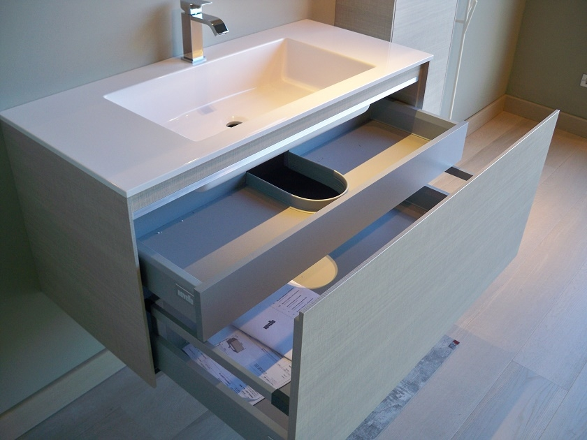 Novello bagno sospeso scontato del 35 arredo bagno a prezzi scontati - Arredo bagno sospeso ...