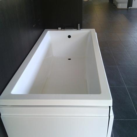 Offerta vasca novellini Calos scontata del 50% - Arredo bagno a prezzi scontati