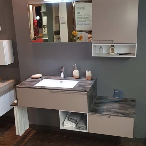 Outlet mobile bagno sospeso con top in corian arredo for Outlet arredo bagno