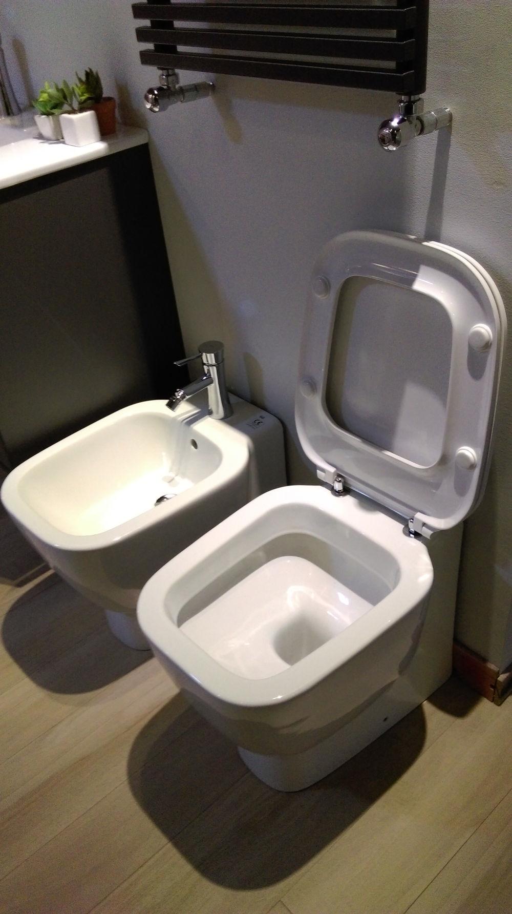 sanitari moderni a terra serie one