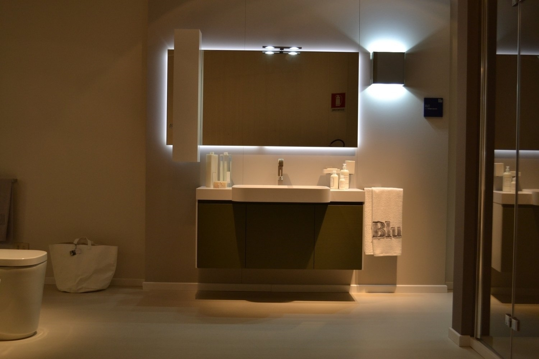 Arredo bagno moderno dwg idee per il design della casa - Bagno arredo moderno ...