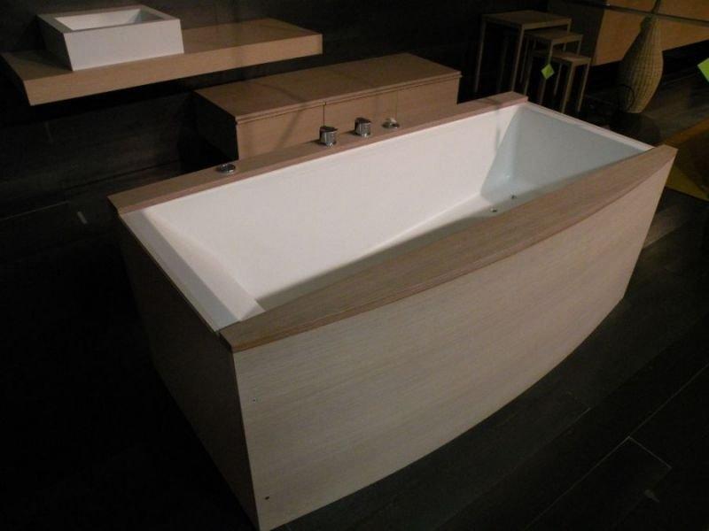 Titan vasca genesi arredo bagno a prezzi scontati for Arredo bagno vasca