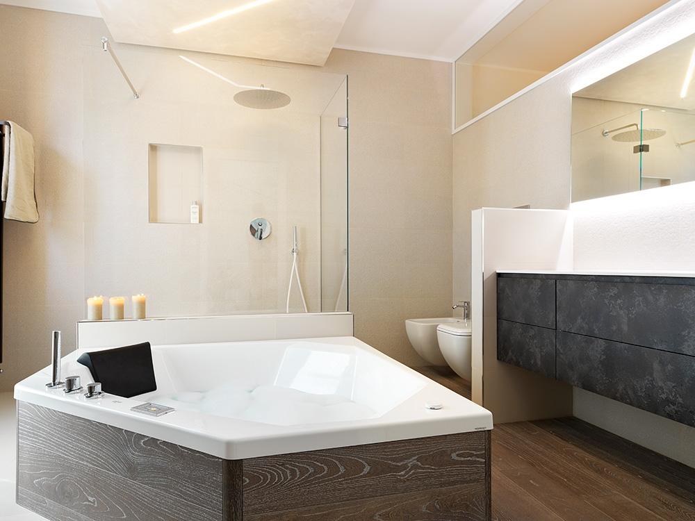 Vasca glass idromassaggio eden 150x150 arredo bagno a - Vasca bagno idromassaggio ...