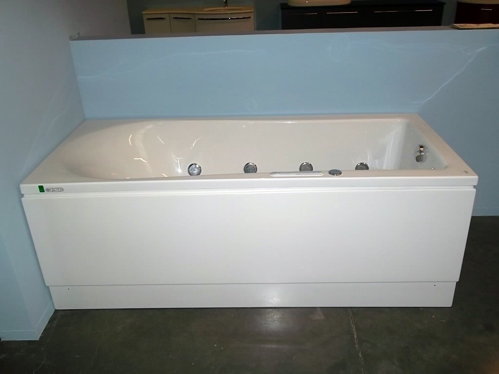 Awesome vasca ideal standard photos - Vasca da bagno prezzi ideal standard ...