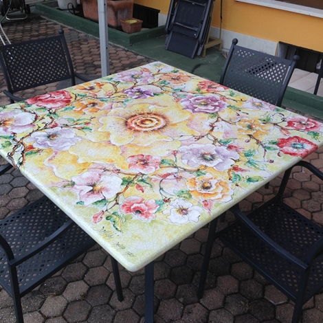 Domiziani roberto tavolo 140 x 140 ceramica deruta for Arredo famiglia terni prezzi