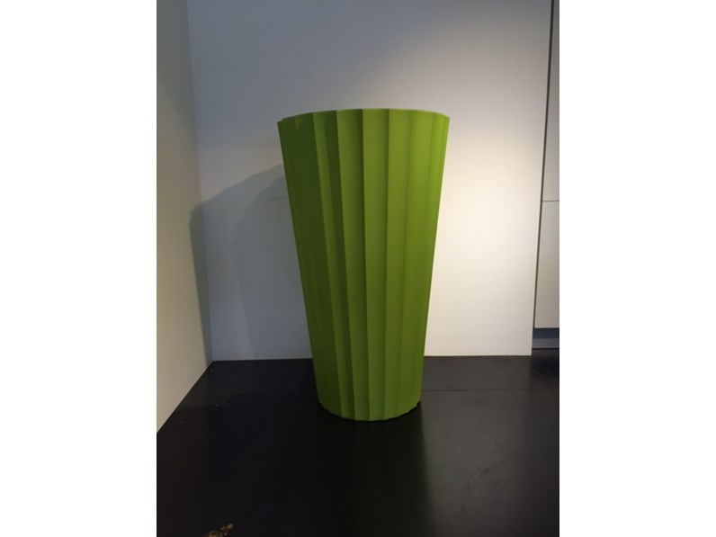 Vaso serralunga scontato del 30 for Outlet del giardino