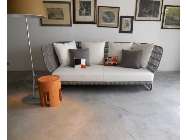 B b b b italia divano canasta outdoor promozione b b for Arredo giardino milano