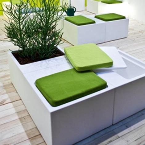 Fuori tutto cubi sedute arredo giardino a prezzi scontati for Arredamento per giardino outlet