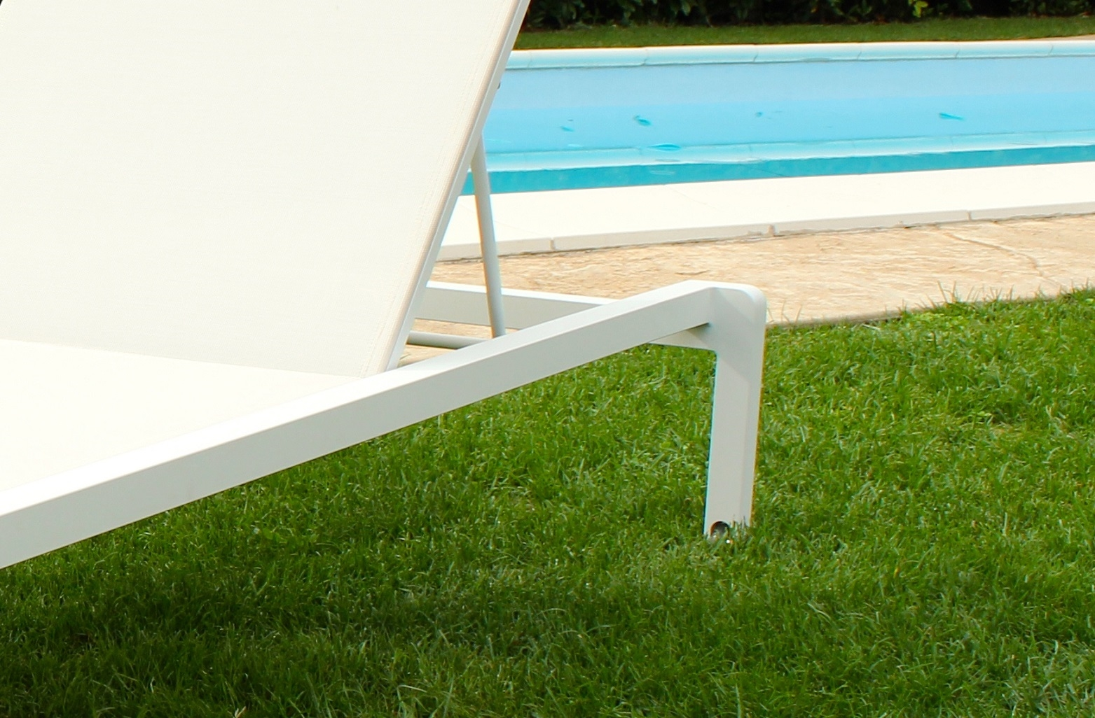 Lettino portland regolabile in alluminio arredo giardino for Arredo da giardino in alluminio