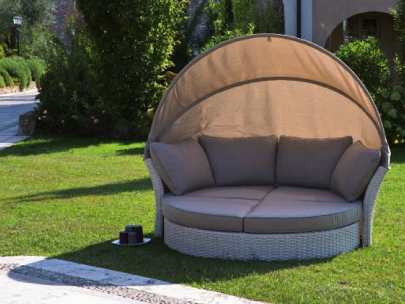 Mela divani giardino for Divani arredo giardino