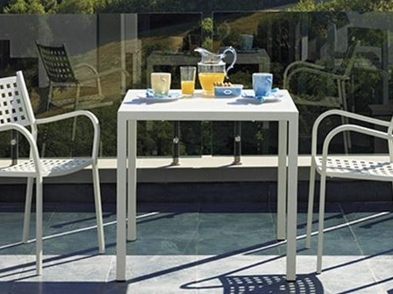 Poltrona alice vermobil colore bianco sedia da giardino a for Outlet arredo giardino