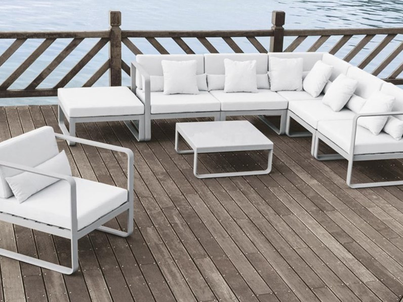 Rossanese composizione ma divano e seduta da esterno for Arredo 3 srl legnago