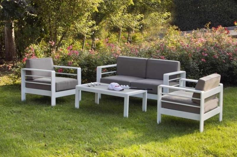 Salotto giardino narcisio divani giardino arredo for Arredo giardino divani