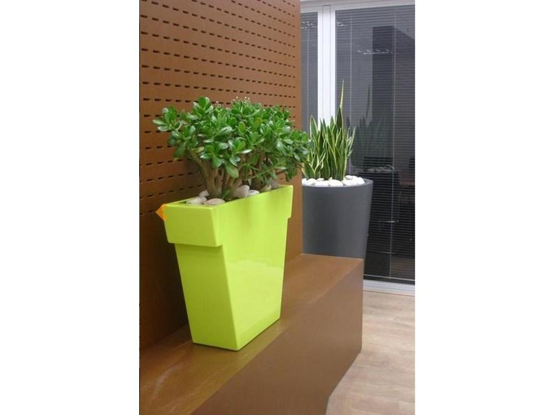 Slide slide vaso il vaso outlet vendita online slide for Arredo giardino design on line