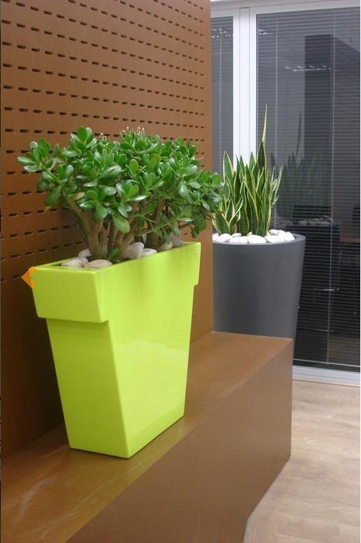 Slide slide vaso il vaso outlet vendita online slide for Slide design outlet