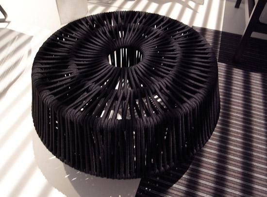 Tavolino pouf da esterno kettal scontato del 51 arredo for Arredamento design scontato