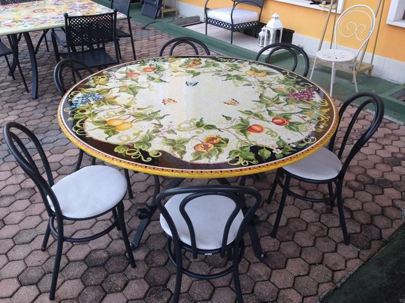 Tavolo deruta diametro 150 cm scontato del 35 for Metro arredo giardino
