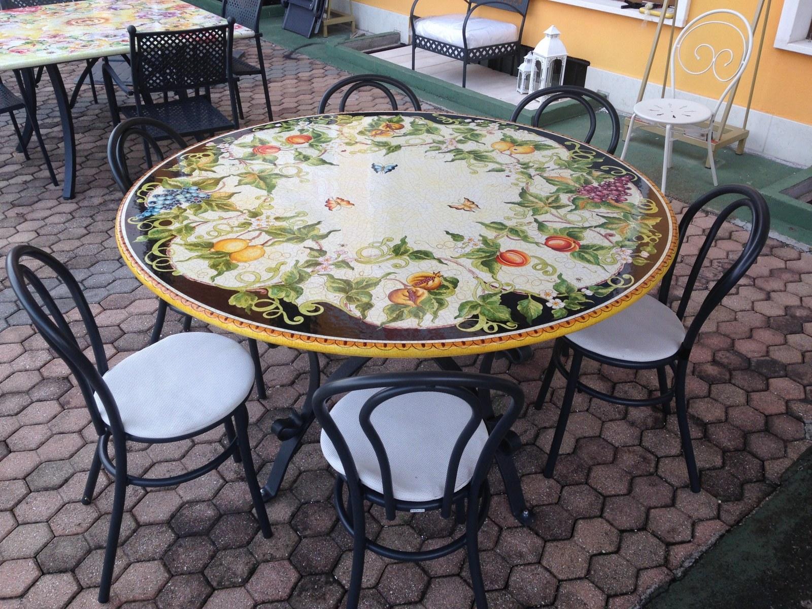 Tavolo deruta diametro 150 cm scontato del 35 arredo for Metro arredo giardino