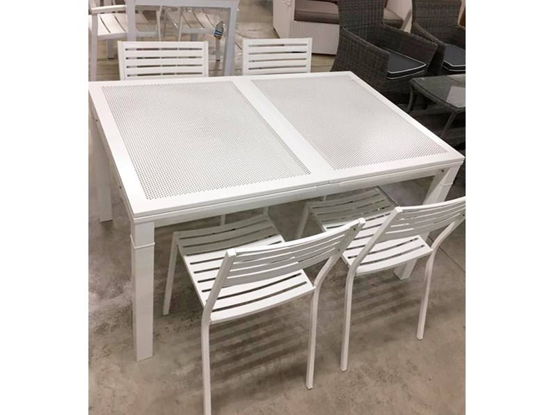 Tavolo mito di emu con 4 sedie segno composizione da for Emu tavoli da giardino