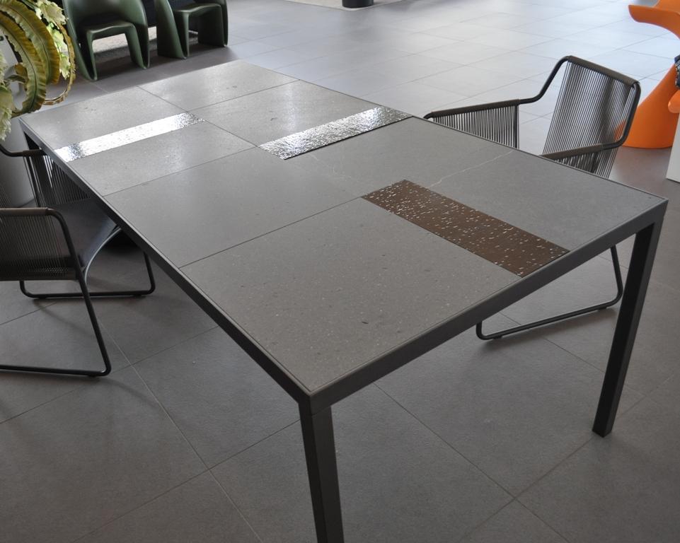 Tavolo rettangolare da giardino scontato arredo giardino for Giardino rettangolare