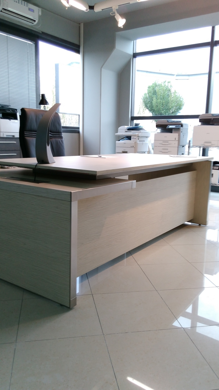 las mobili per ufficio eos scrivanie legno arredo