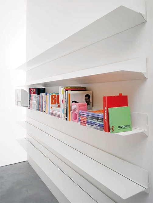 Mensola per libreria a parete modello web stopper for Nuovo arredo sansepolcro
