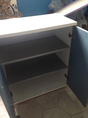 Mobiletto 2 ante azzurre mobili per ufficio laccato opaco for Mobili ufficio scontati