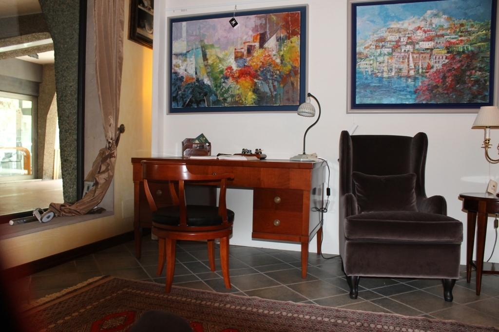 Outlet scrivania arredo ufficio a prezzi scontati for Outlet ufficio