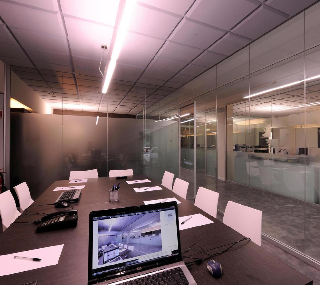 Vetri divisori per interni parete divisoria mono vetro for Divisori in vetro per ufficio prezzi