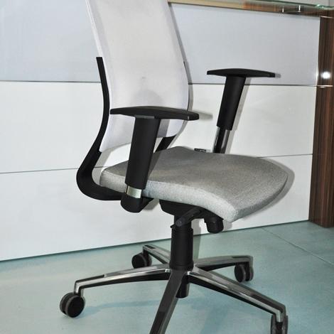 Casa moderna roma italy sedia ufficio prezzi for Uffici temporanei roma prezzi