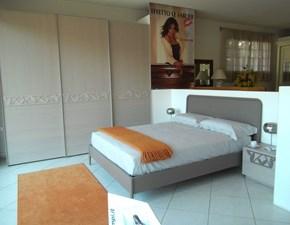 Camera da letto Homes Dafni a prezzo ribassato in legno