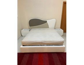 Camera da letto Martina Mobilpiu in laccato opaco a prezzo Outlet