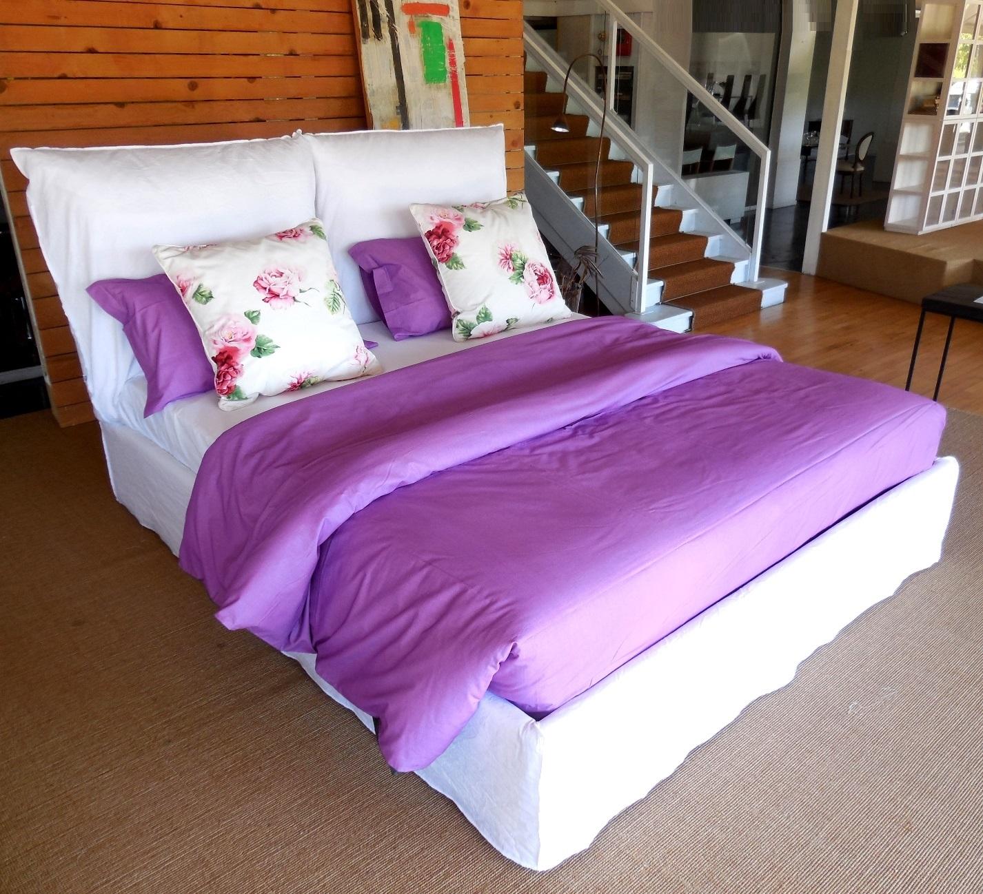 Camera da letto glicine camera glicine la camera da for Tende lilla glicine