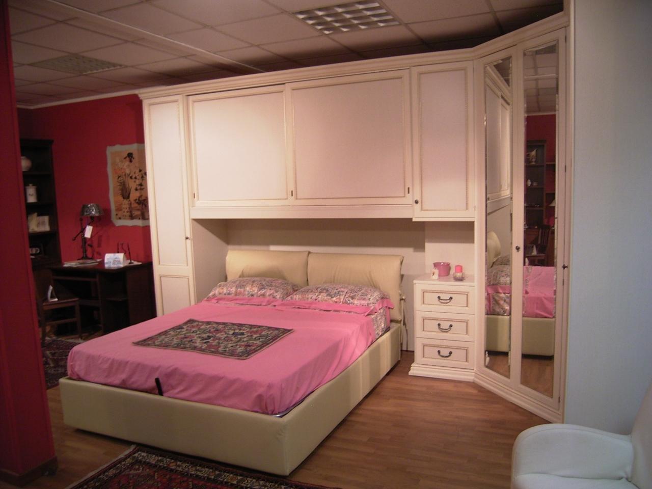 Armadio ponte cabina scontato camere a prezzi scontati for Camera da letto in stile cabina