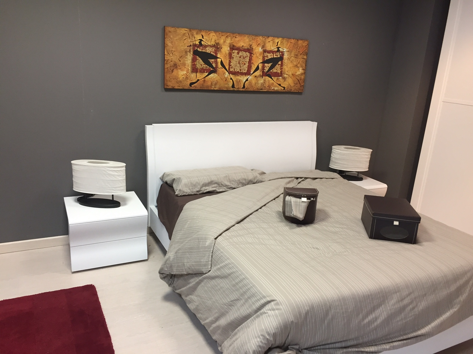 Camera alpe bianco poro aperto armadio anta telaio gruppo letto sagomato scontato del 50 - Telaio del letto ...