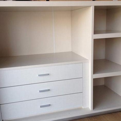 Camera completa bianco opaco e cemento alpe arredamenti for Alpe arredamenti catalogo