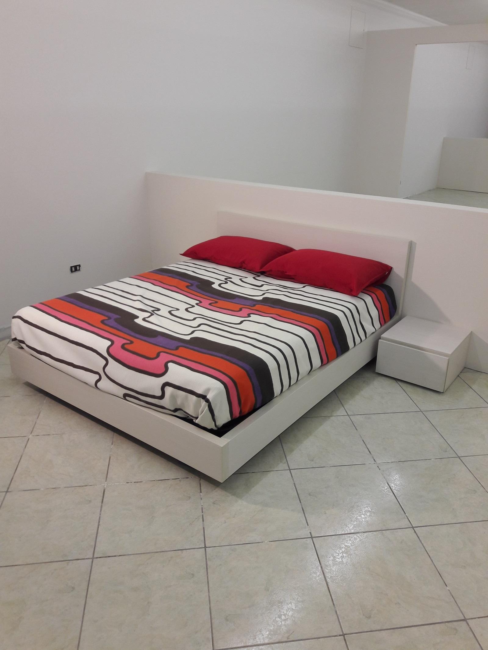 Camera Da Letto Leader Prezzo : Camera da letto moderna in laminato corda venato a prezzo